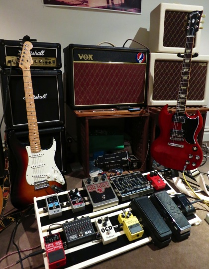 how to make your own effects pedal